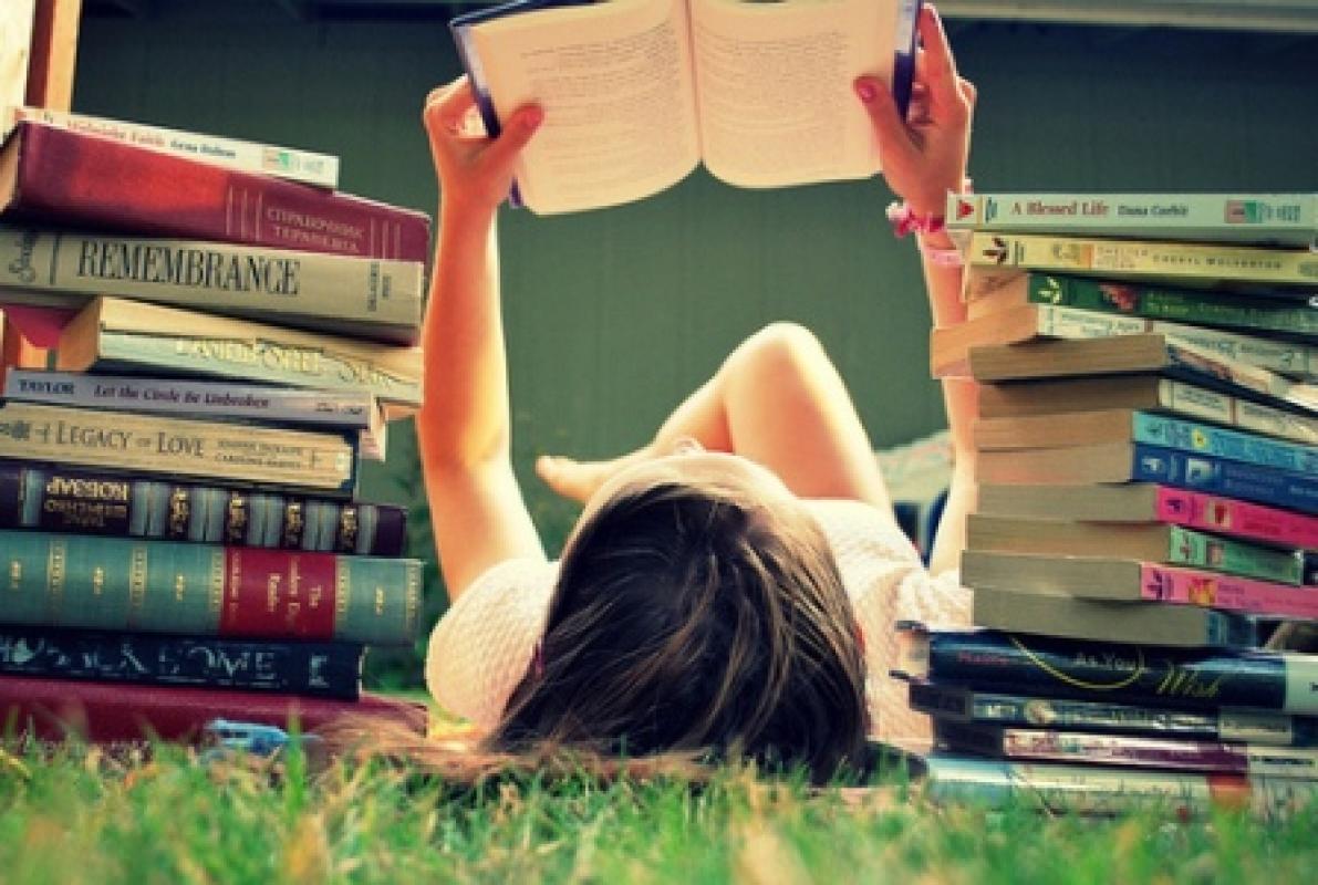 Hábito de leitura traz benefícios para a saúde mental